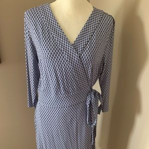 💐Ann Taylor wrap dress size 12